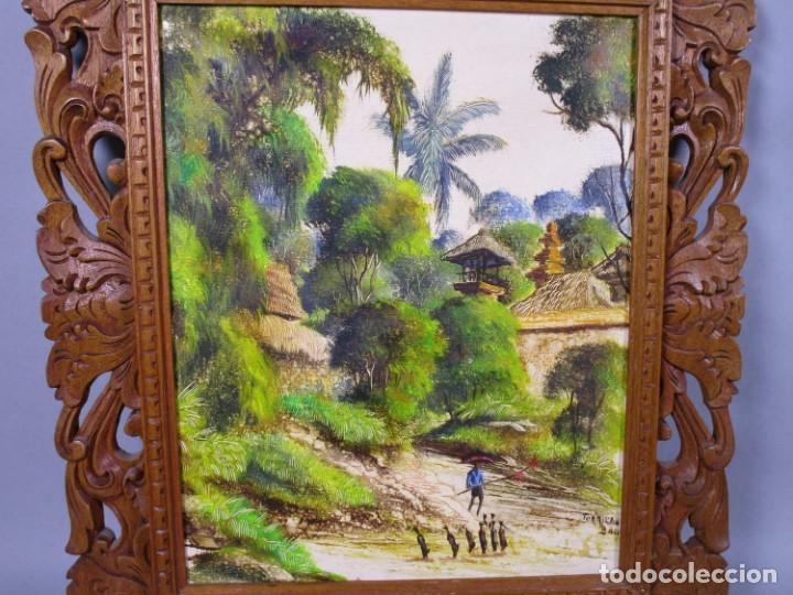 Arte: PRECIOSO PAISAJE DE Bali arte, MARCO MADERA TALLADO BELLAS ORNAMENTACIONES, aprox. 46 x 40 cm - Foto 3 - 211883072