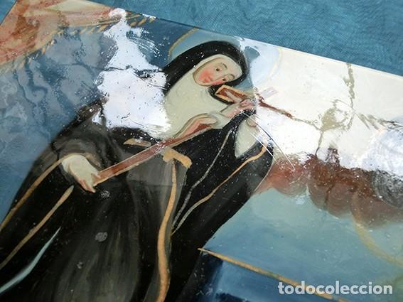 Arte: ANTIGUA PINTURA RELIGIOSA - CRISTAL PINTADO A MANO - MONJA CON CRUCIFIJO - TÉCNICA INVERTIDA - Foto 11 - 212409601