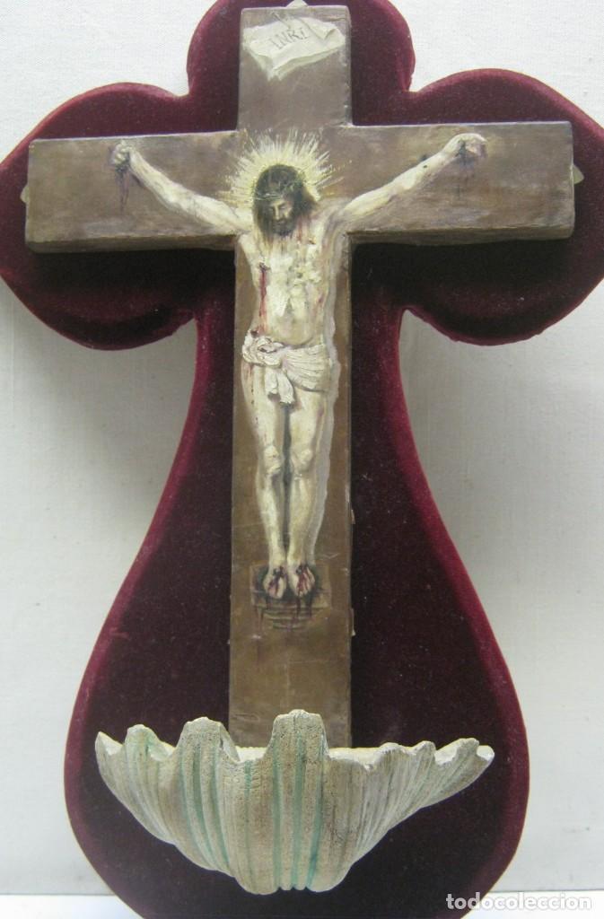 Arte: Antigua Cruz madera con Cristo pintado . Gran benditera con pintura al oleo 48 cm - Foto 19 - 212527750