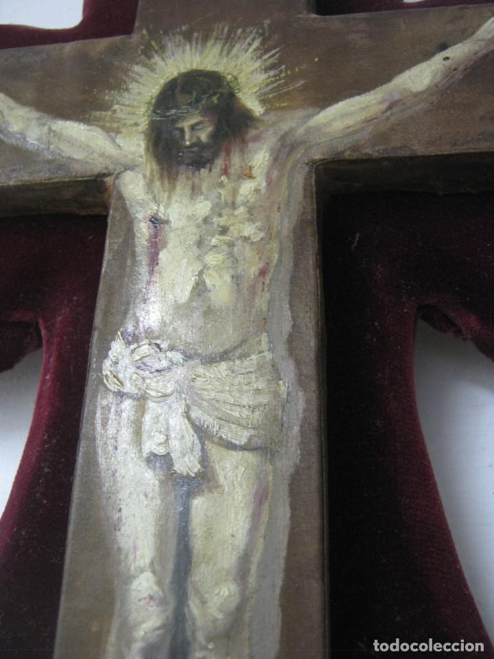 Arte: Antigua Cruz madera con Cristo pintado . Gran benditera con pintura al oleo 48 cm - Foto 6 - 212527750