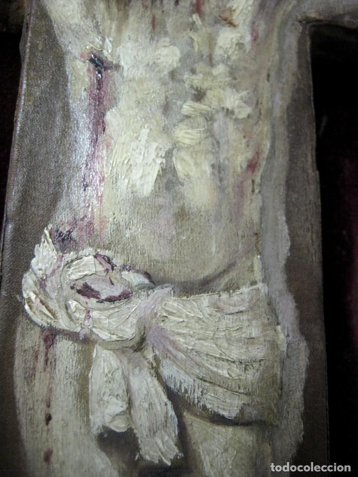 Arte: Antigua Cruz madera con Cristo pintado . Gran benditera con pintura al oleo 48 cm - Foto 8 - 212527750