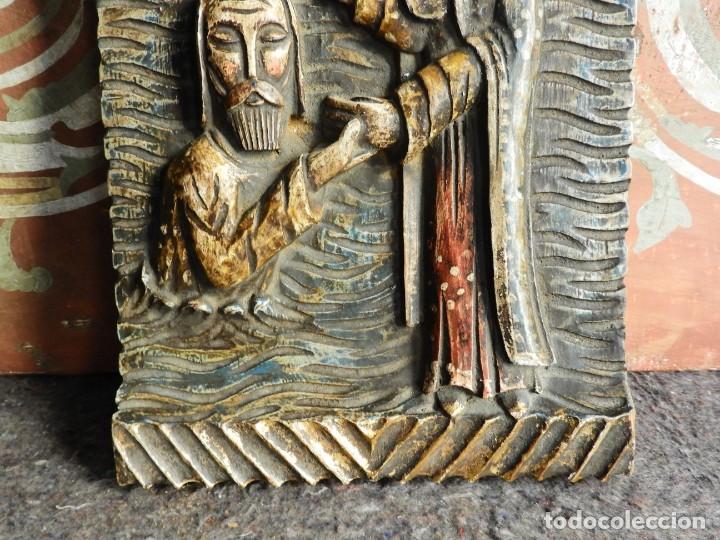 Arte: TABLA RELIGIOSA DE ESCAYOLA IMITANDO MADERA - Foto 4 - 216479956