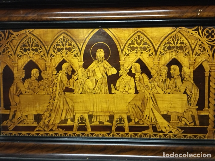 Arte: (M/T) IMAGEN SANTA CENA DE MADERA AÑOS 50 CON MARCO DE LA ÉPOCA - Foto 2 - 217899336