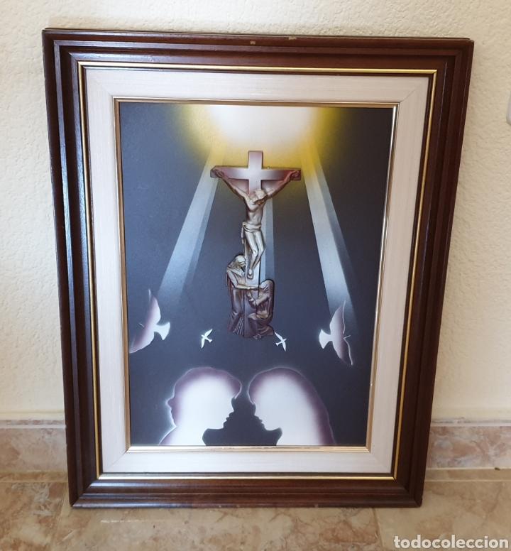 CUADRO RELIGIOSO CRISTO CRUCIFICADO EN RELIEVE MUY BONITO VINTAGE AÑOS 80S (Arte - Arte Religioso - Pintura Religiosa - Otros)