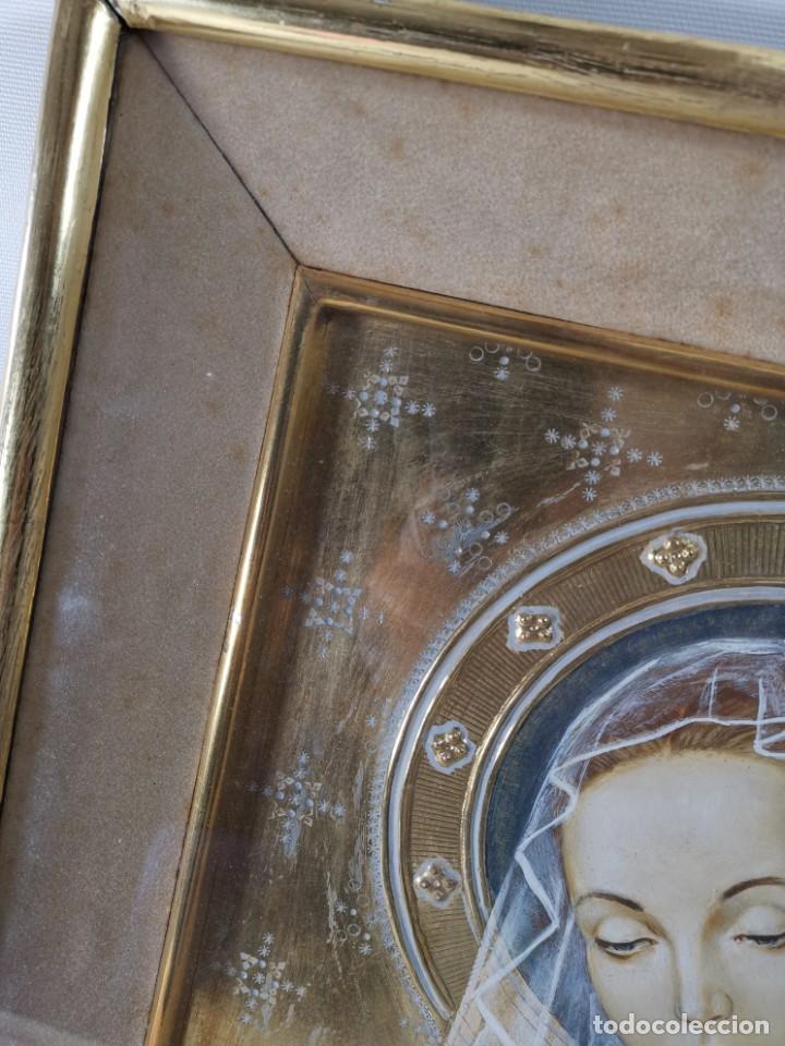 Arte: Virgen María pintura técnica mixta con relieve estuco y dorados c. 1940 - 1950, firmado J. Pifarré. - Foto 7 - 218673293