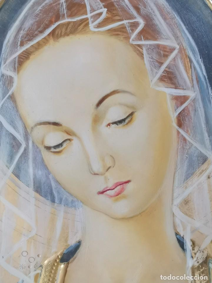 Arte: Virgen María pintura técnica mixta con relieve estuco y dorados c. 1940 - 1950, firmado J. Pifarré. - Foto 14 - 218673293