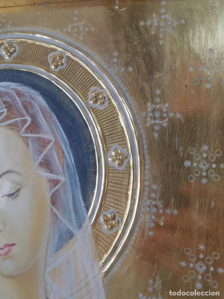 Arte: Virgen María pintura técnica mixta con relieve estuco y dorados c. 1940 - 1950, firmado J. Pifarré. - Foto 18 - 218673293