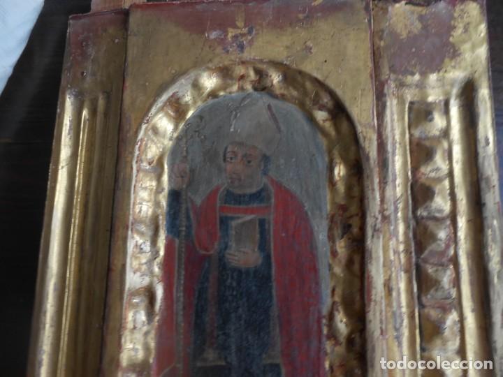 Arte: CONJUNTO TALLAS ANTIGUAS DE MADERA ARZOBISPO SAN ISIDORO DE SEVILLA AL OLEO Y COLUMNAS - Foto 6 - 219206297