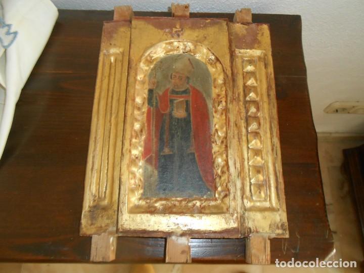 CONJUNTO TALLAS ANTIGUAS DE MADERA ARZOBISPO SAN ISIDORO DE SEVILLA AL OLEO Y COLUMNAS (Arte - Arte Religioso - Pintura Religiosa - Oleo)