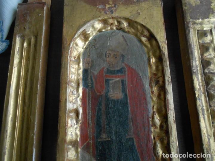 Arte: CONJUNTO TALLAS ANTIGUAS DE MADERA ARZOBISPO SAN ISIDORO DE SEVILLA AL OLEO Y COLUMNAS - Foto 2 - 219206297