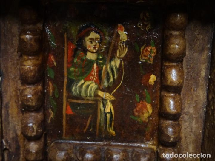 Arte: capilla colonial siglo XVIII oleo y madera policromada, Virgen Niña.retablo Hornacina - Foto 3 - 219239463
