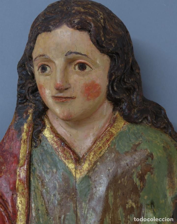 Arte: Talla de medio bulto o chuleta San Juan Evangelista madera tallada dorada y policromada XVI XVII - Foto 3 - 221922775
