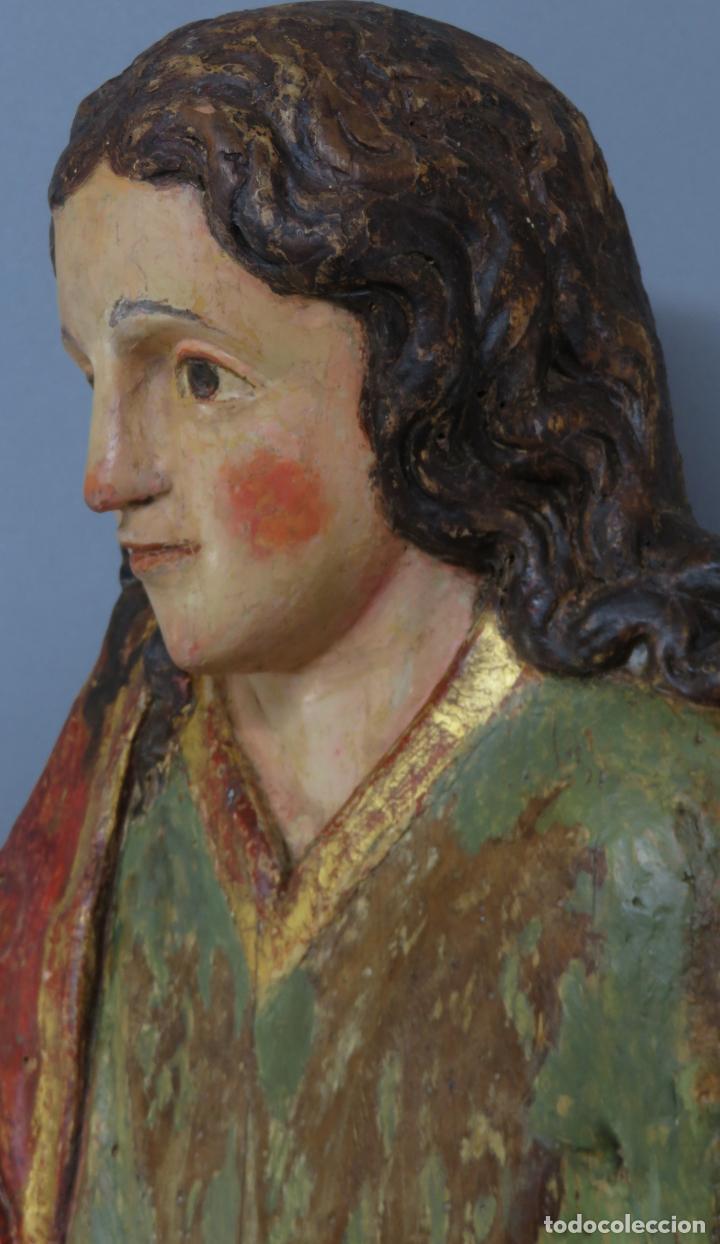 Arte: Talla de medio bulto o chuleta San Juan Evangelista madera tallada dorada y policromada XVI XVII - Foto 15 - 221922775
