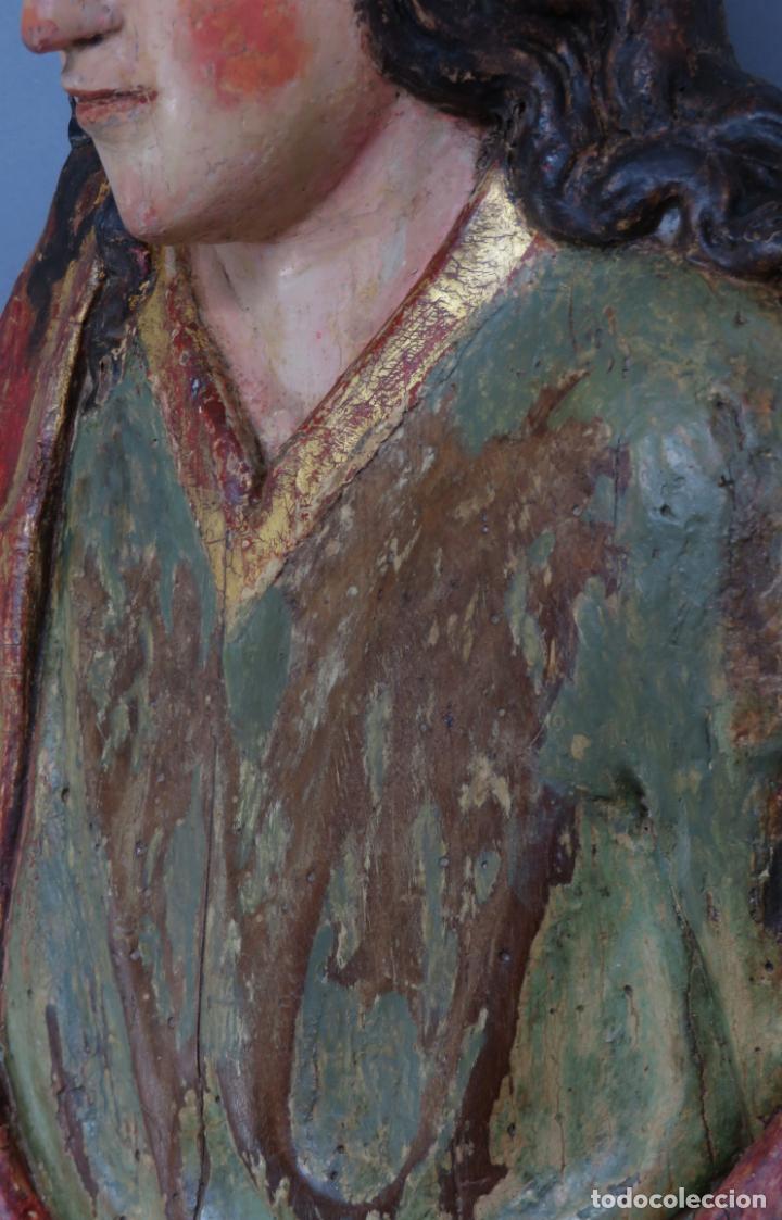 Arte: Talla de medio bulto o chuleta San Juan Evangelista madera tallada dorada y policromada XVI XVII - Foto 16 - 221922775