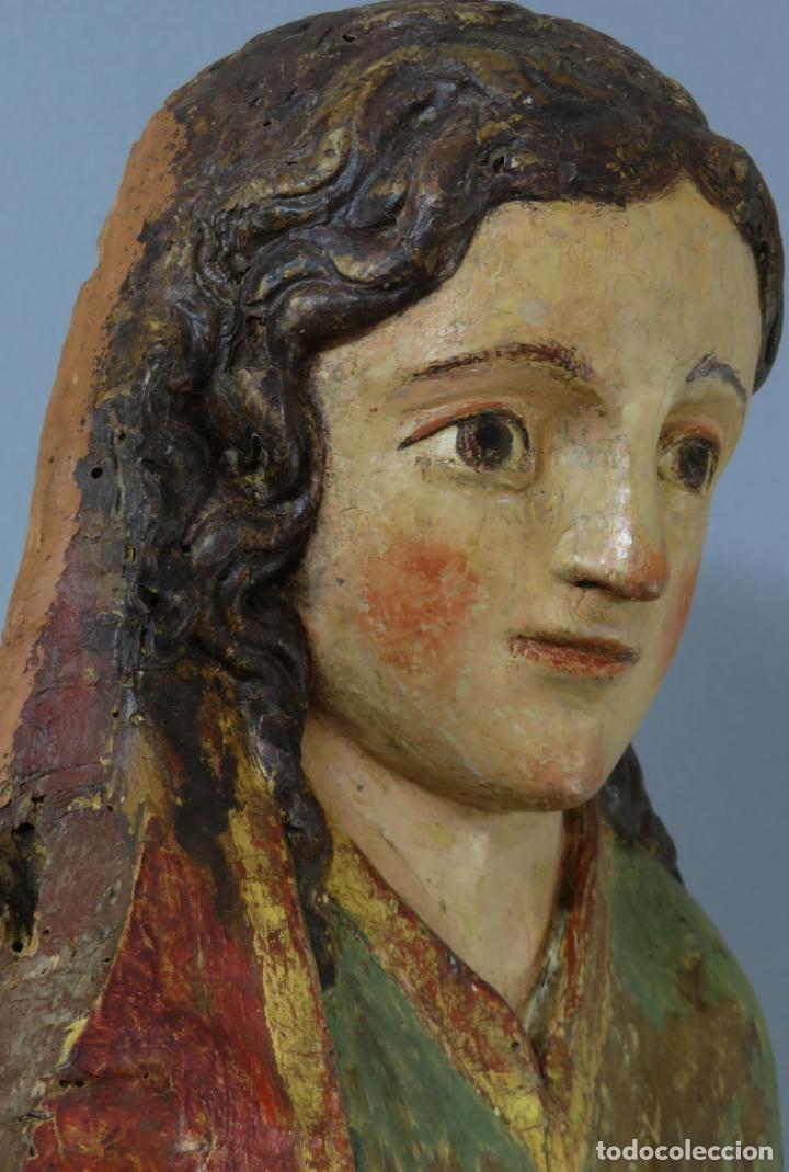 Arte: Talla de medio bulto o chuleta San Juan Evangelista madera tallada dorada y policromada XVI XVII - Foto 37 - 221922775
