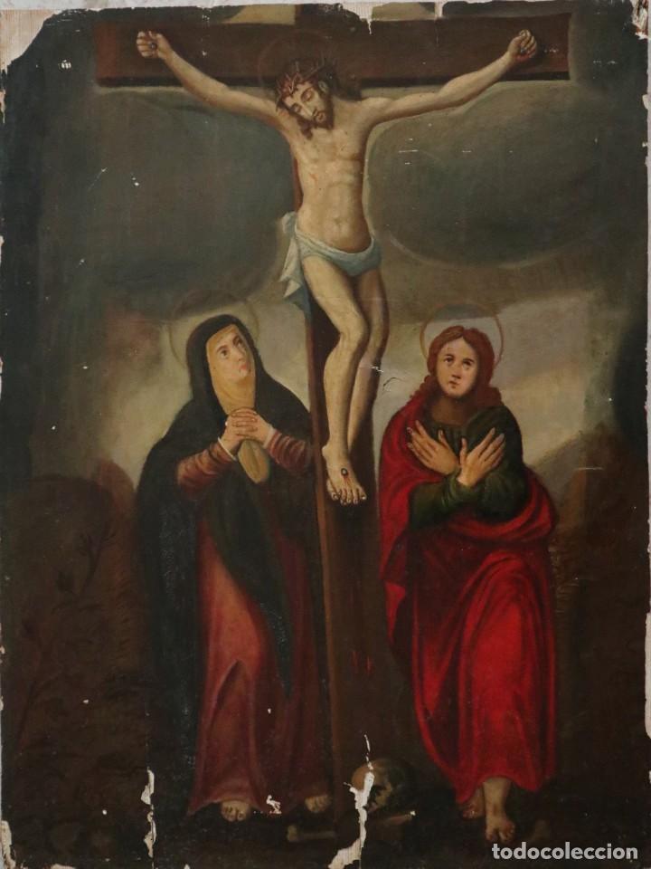 TABLA DE LA CRUCIFIXIÓN. ESCUELA ESPAÑOLA DEL SIGLO XVII. MEDIDAS DE 73 X 54 CM. (Arte - Arte Religioso - Pintura Religiosa - Oleo)