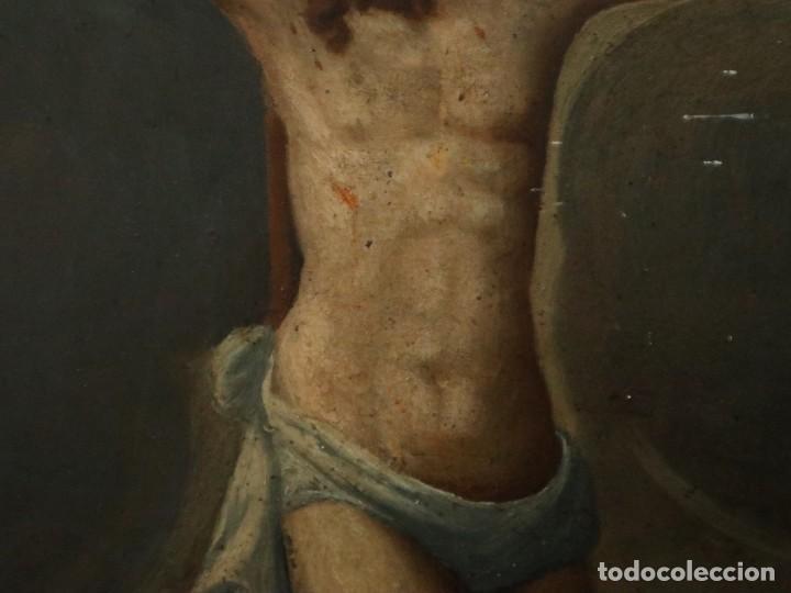 Arte: Tabla de la Crucifixión. Escuela Española del siglo XVII. Medidas de 73 x 54 cm. - Foto 10 - 222506426