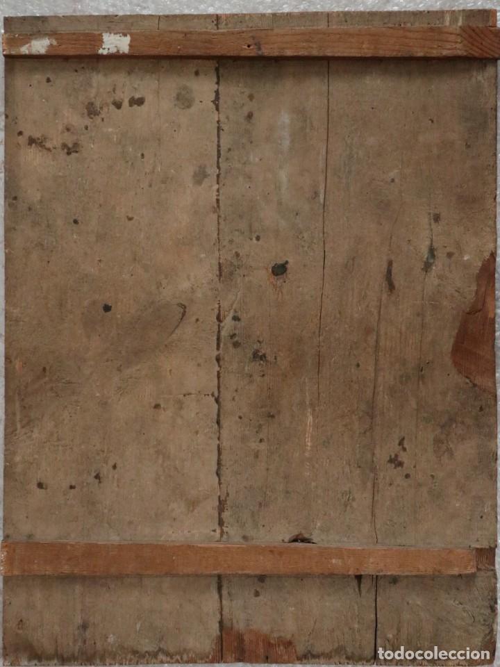 Arte: Tabla de la Crucifixión. Escuela Española del siglo XVII. Medidas de 73 x 54 cm. - Foto 21 - 222506426