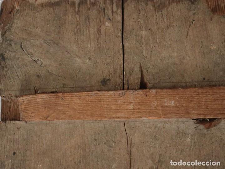 Arte: Tabla de la Crucifixión. Escuela Española del siglo XVII. Medidas de 73 x 54 cm. - Foto 23 - 222506426