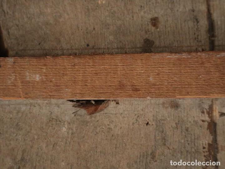 Arte: Tabla de la Crucifixión. Escuela Española del siglo XVII. Medidas de 73 x 54 cm. - Foto 24 - 222506426