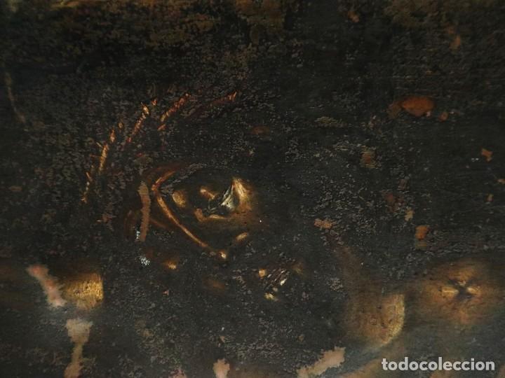 Arte: Cristo de Burgos o de las Enagüillas. Óleo/Cobre. Mide 60 x 47 cm. Círculo de Mateo Cerezo. - Foto 3 - 222829735