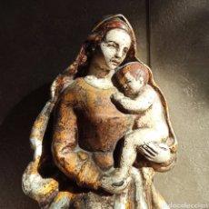 Arte: IMAGEN POLICROMADA DE LA VIRGEN MARÍA Y JESÚS NIÑO * 36 CM ALTO. Lote 223922208