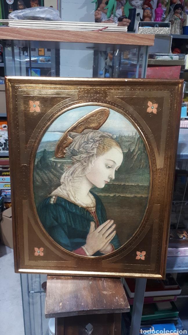 LAMINA TRATADA EN TABLA DE MADERA TALLADA DULCE VIRGEN MARIA ORANDO DE BERNARDINO LUINI ITALIA S. XX (Arte - Arte Religioso - Retablos)