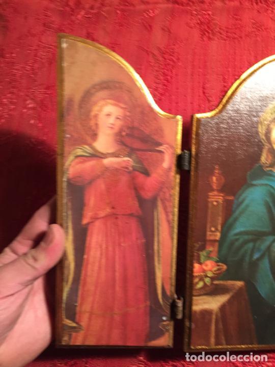 Arte: Antiguo triptico de madera con láminas de la Virgen Maria y Angeles años 60-70 - Foto 6 - 224875777