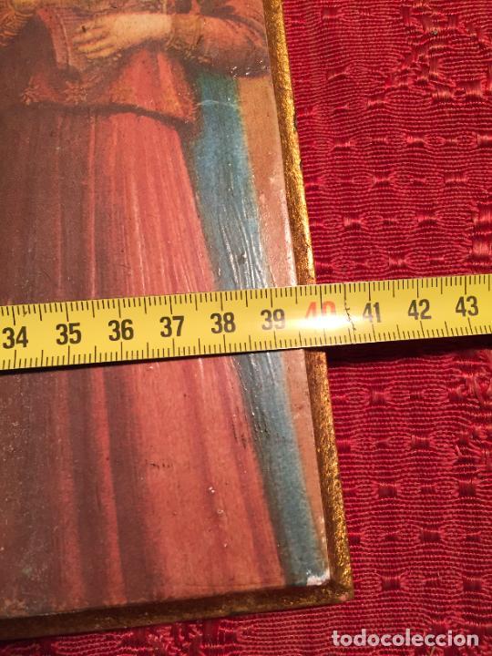 Arte: Antiguo triptico de madera con láminas de la Virgen Maria y Angeles años 60-70 - Foto 13 - 224875777
