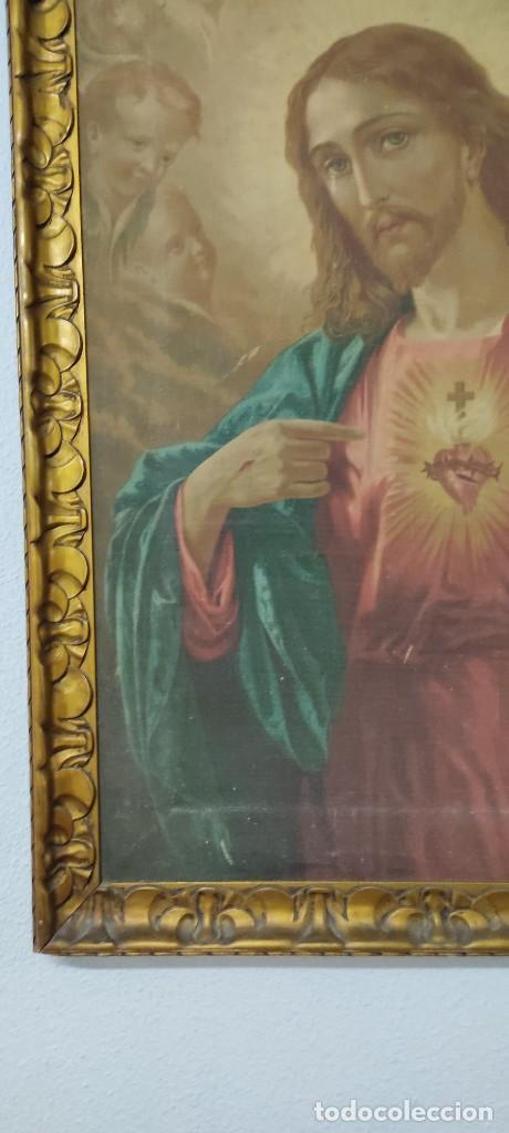 Arte: antigua estampacion sobre lienzo sagrado corazon de jesus 110x80 - Foto 2 - 224897652