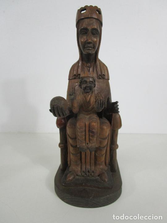 PRECIOSA VIRGEN DE MONTSERRAT - TALLA DE MADERA - ALTURA 37 CM (Arte - Arte Religioso - Escultura)