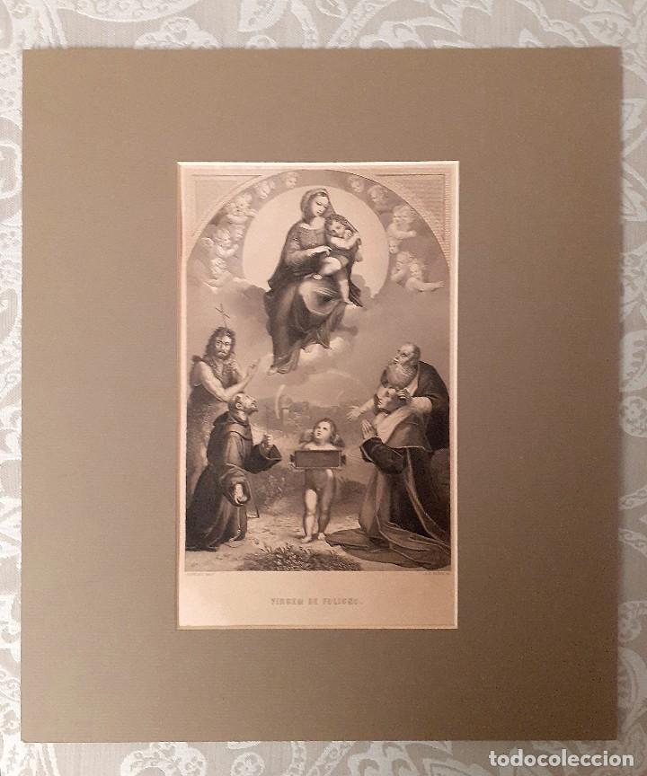 Arte: Grabado s. XIX Virgen de Fuligno con paspartú y acetato transparente protector - Foto 3 - 229164580