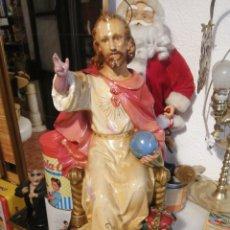 Arte: SAGRADO CORAZON DE JESUS ENTRONIZADO SIN MANO PASTA DE OLOT. Lote 208398553