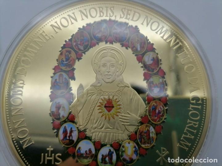 BONITO MEDALLON XXXL DEL SAGRADO CORAZON DE JESÚS DE LA CIUDAD DEL VATICANO (Arte - Arte Religioso - Escultura)