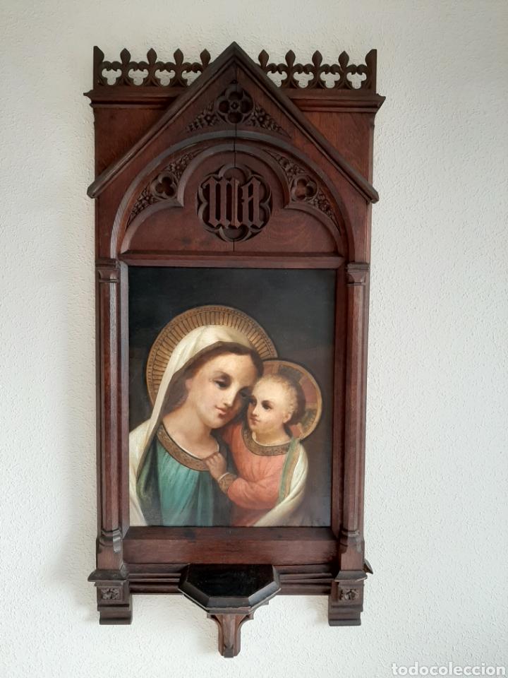RETABLO DE MADERA CON EXCELENTE PINTURA AL ÓLEO SOBRE LIENZO - VIRGEN CON NIÑO - CAPILLA - S.XIX (Arte - Arte Religioso - Retablos)