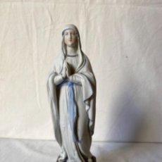 Arte: VIRGEN DE LOURDES EN PORCELANA DE BISCUIT FRANCESA. SIGLO XIX.. Lote 232442650