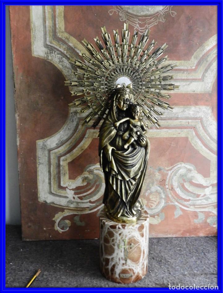 IMPORTANTE VIRGEN DEL PILAR SOBRE COLUMNA DE MARMOL. (Arte - Arte Religioso - Escultura)