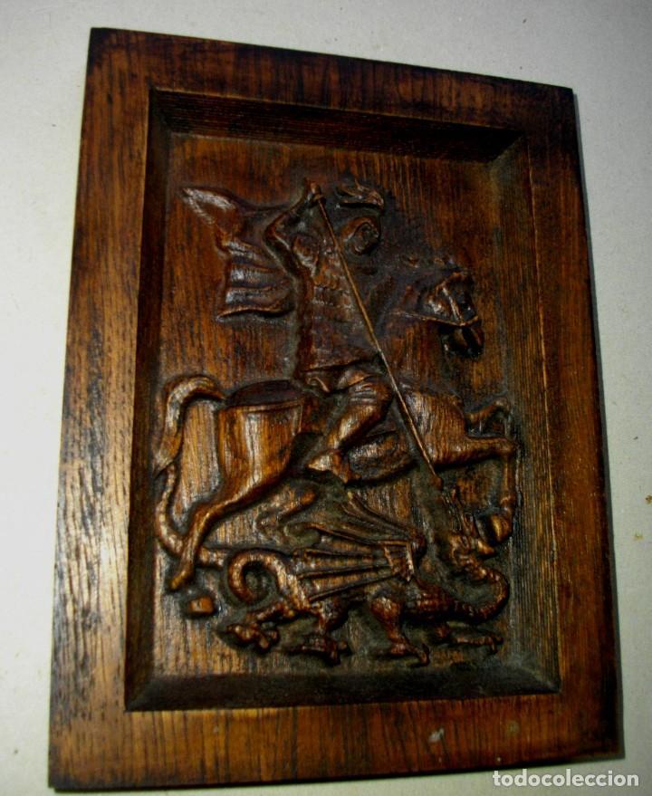 RETABLO EN MADERA SAN JORGE A CABALLO ( 23 X 17 CTMS ) MADERA PATINADA (Arte - Arte Religioso - Retablos)