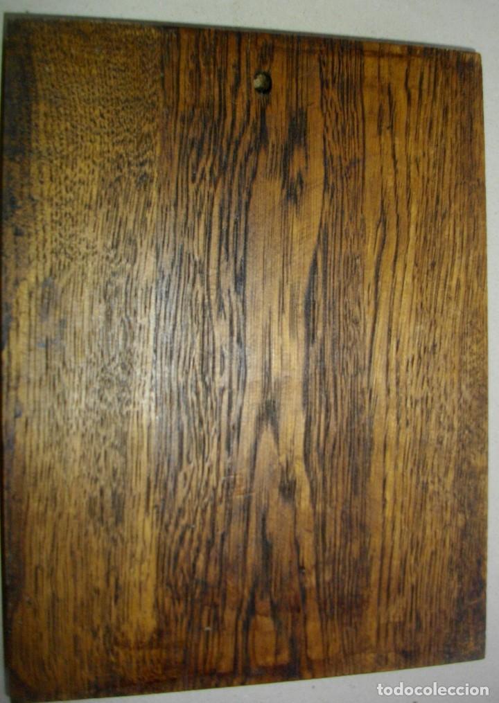 Arte: retablo en madera san jorge a caballo ( 23 x 17 ctms ) madera patinada - Foto 5 - 232955540