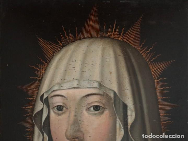 Arte: Retrato de la Virgen María. Escuela Española del siglo XVI. Óleo sobre tabla. Med: 34 x 27 cm. - Foto 2 - 48221032
