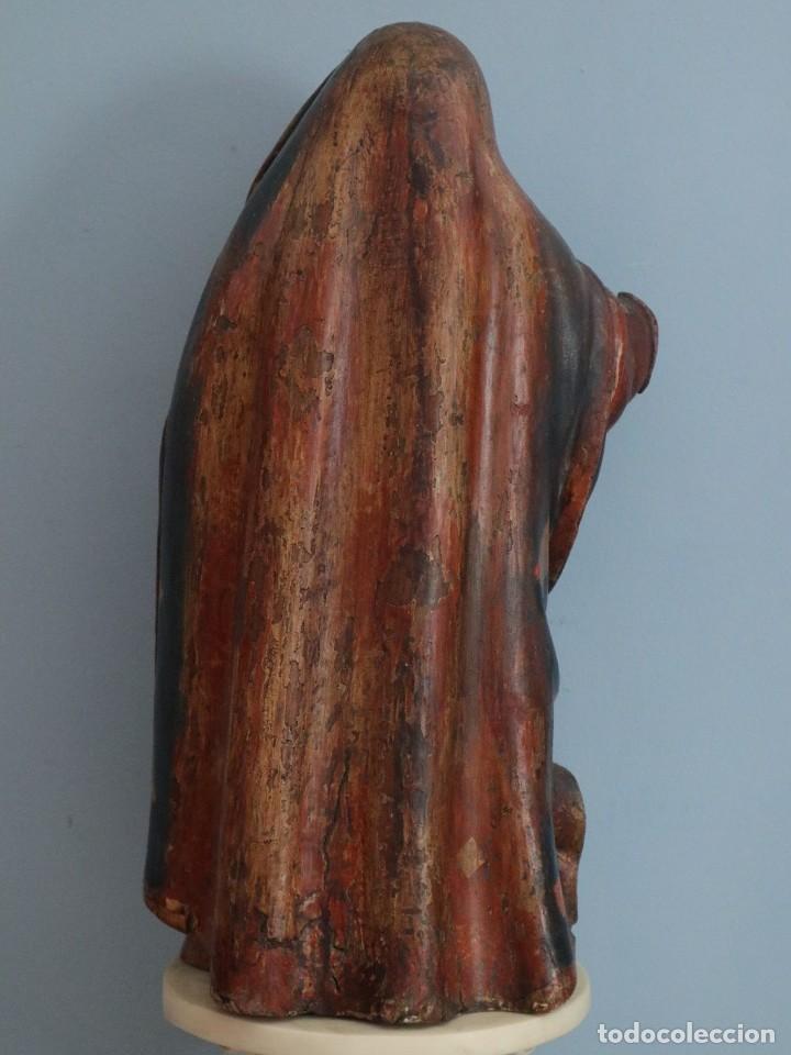 Arte: Imagen de la Virgen María. Escuela Castellana del siglo XVI. Mide 56 cm. - Foto 17 - 234986865