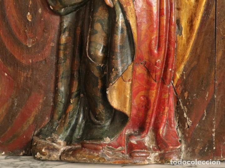 Arte: Santa Clara. Relieve de madera policromada. Retablo del siglo XVII. Mide 81 x 67 cm. - Foto 18 - 235186290