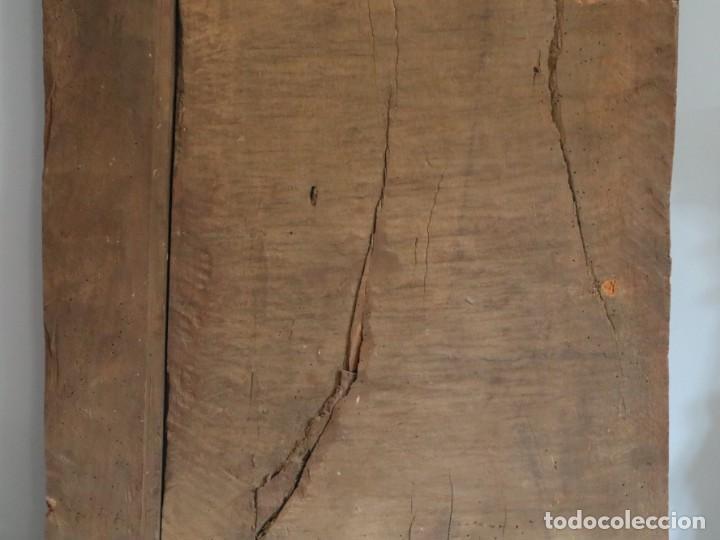 Arte: Santa Clara. Relieve de madera policromada. Retablo del siglo XVII. Mide 81 x 67 cm. - Foto 30 - 235186290