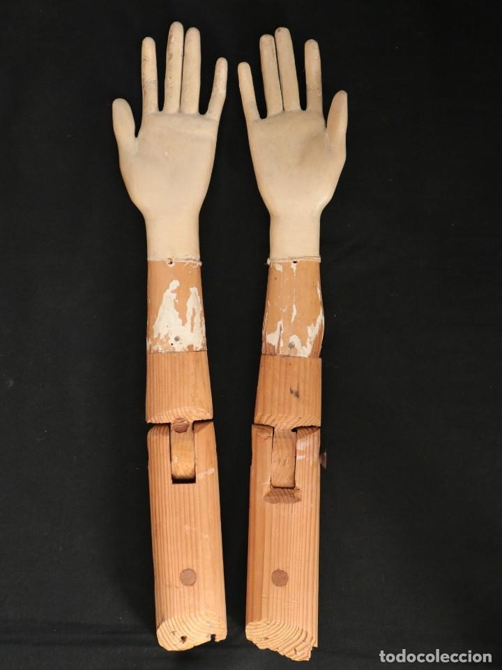 Arte: Brazos y manos de tamaño natural para imagen vestidera o cap i pota. Siglo XVIII. - Foto 13 - 235361650
