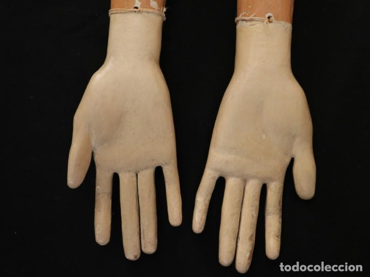 Arte: Brazos y manos de tamaño natural para imagen vestidera o cap i pota. Siglo XVIII. - Foto 14 - 235361650