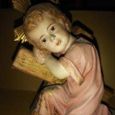 Arte: ANTIGUO Y PRECIOSO NIÑO JESÚS CON CRUZ OLOT?. Lote 235657445