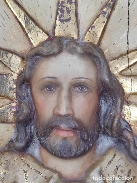 Arte: Antiguo Retablo - Sagrado Corazón - Talla de Madera Policromada y Dorada - Año 1743 - Foto 14 - 235694800