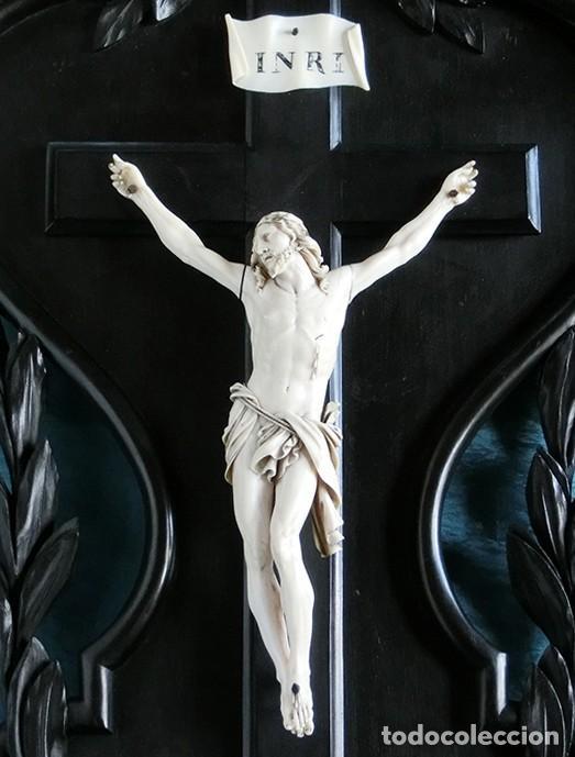 ANTIGUO Y EXTRAORDINARIO CRISTO DE MARFIL - CORNUCOPIA ESTILO LUIS XV - CONJUNTO ESCULTÓRICO (Arte - Arte Religioso - Escultura)