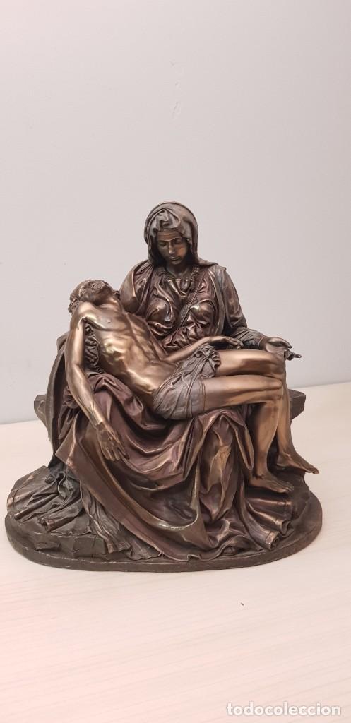 PIEDAD DE MIGUEL ÁNGEL, BRONCE CERAMICA FIGURA ESCULTURA (Arte - Arte Religioso - Escultura)