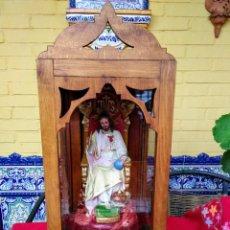 Arte: CAPILLA ANTIGUA CON FIGURA DEL CORAZÓN DE JESÚS. Lote 240102360